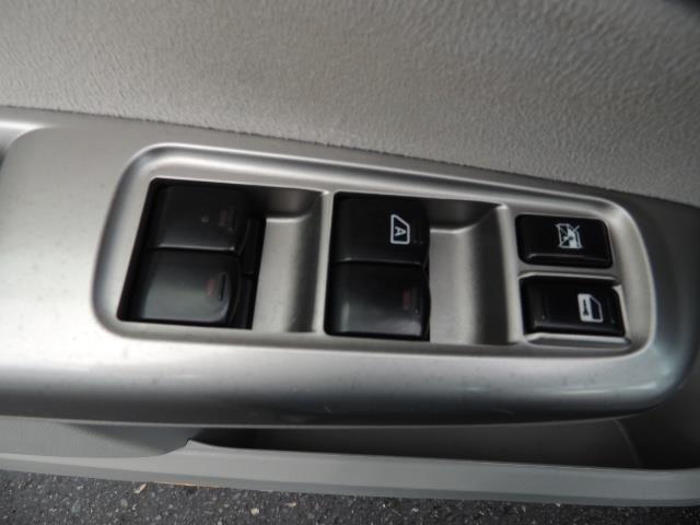 2009 Subaru Forester 2.5 X Limited NAVI / LEATHER / AWD RACK - Photo 32 - Portland, OR 97217