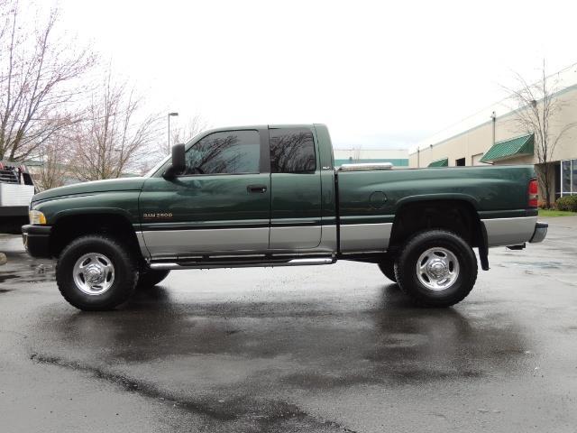 2001 Dodge Ram 2500 Quad Cab / 4X4 / 5.9 L Cummins Diesel / 102K MILES - Photo 3 - Portland, OR 97217