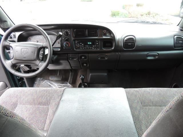2001 Dodge Ram 2500 Quad Cab / 4X4 / 5.9 L Cummins Diesel / 102K MILES - Photo 18 - Portland, OR 97217