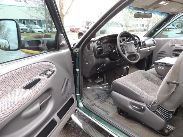 2001 Dodge Ram 2500 Quad Cab / 4X4 / 5.9 L Cummins Diesel / 102K MILES - Photo 13 - Portland, OR 97217