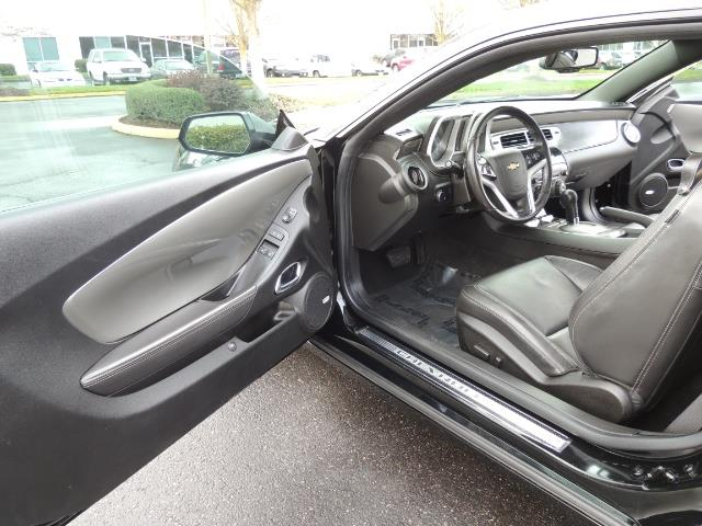 2012 Chevrolet Camaro SS / RS Package / Leather / Sunroof /Backup camera - Photo 13 - Portland, OR 97217