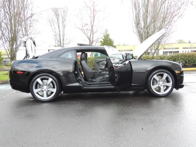 2012 Chevrolet Camaro SS / RS Package / Leather / Sunroof /Backup camera - Photo 30 - Portland, OR 97217