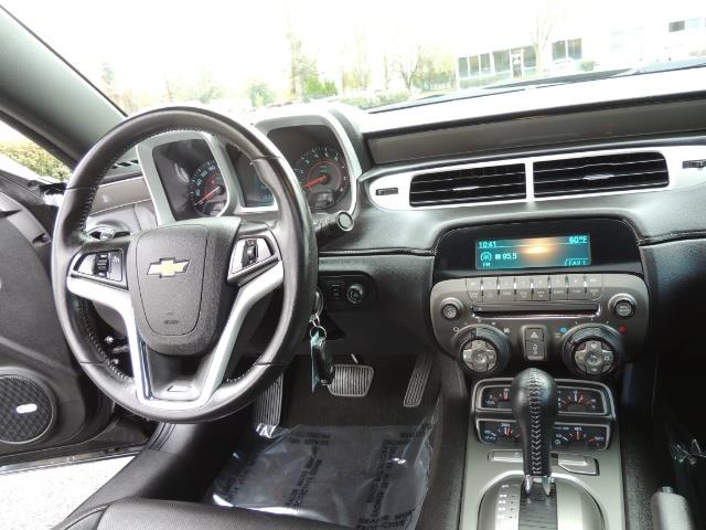 2012 Chevrolet Camaro SS / RS Package / Leather / Sunroof /Backup camera - Photo 19 - Portland, OR 97217