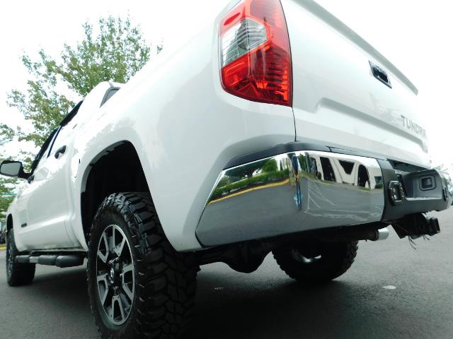 2015 Toyota Tundra SR5 / Crew Max / TRD OFF RD / 4X4 / Excel Cond - Photo 11 - Portland, OR 97217