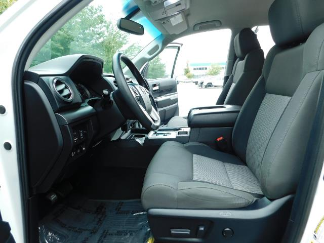 2015 Toyota Tundra SR5 / Crew Max / TRD OFF RD / 4X4 / Excel Cond - Photo 14 - Portland, OR 97217