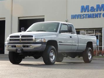 2002 Dodge Ram 2500 4X4 Long Bed 5.9 L Cummins Turbo Diesel 100K MLS Truck