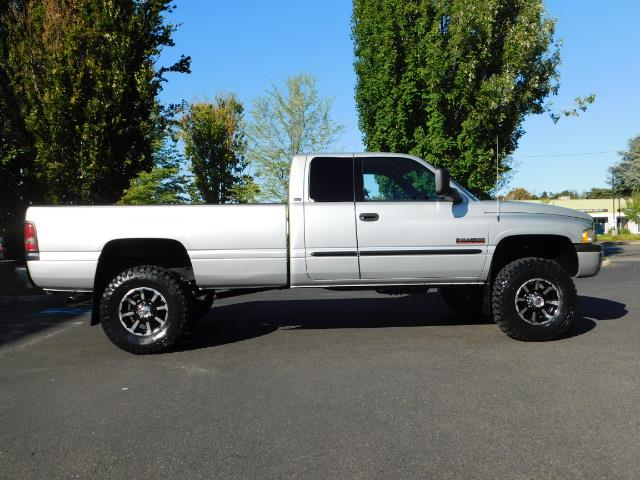 2002 Dodge Ram 2500 4X4 Long Bed 5.9 L Cummins Diesel LIFTED 100K MLS - Photo 4 - Portland, OR 97217