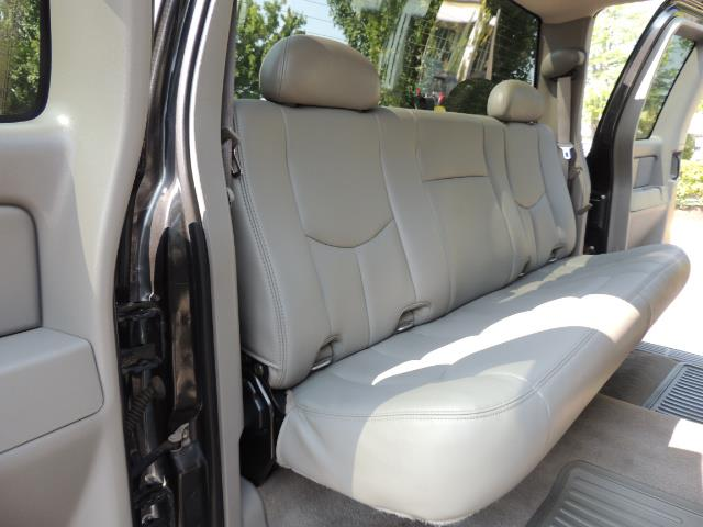 2005 Chevrolet Silverado 2500 LT 4dr Extended Cab LT / 4X4 / DURAMAX DIESEL - Photo 34 - Portland, OR 97217