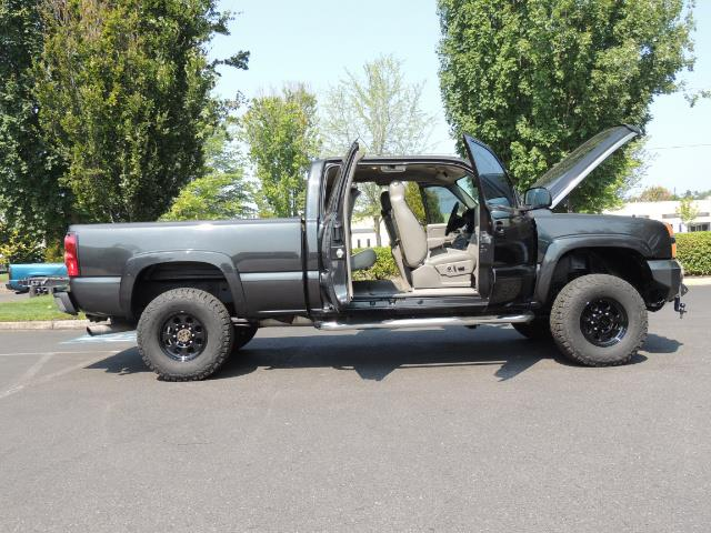 2005 Chevrolet Silverado 2500 LT 4dr Extended Cab LT / 4X4 / DURAMAX DIESEL - Photo 30 - Portland, OR 97217