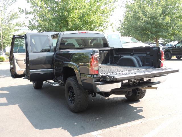 2005 Chevrolet Silverado 2500 LT 4dr Extended Cab LT / 4X4 / DURAMAX DIESEL - Photo 27 - Portland, OR 97217