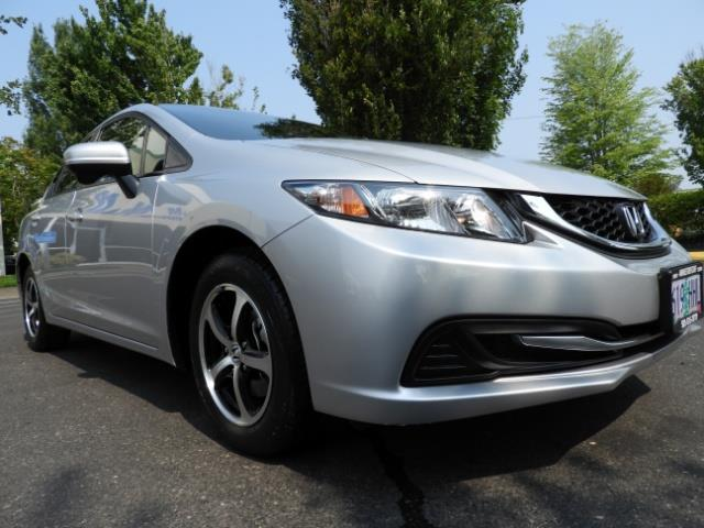 2015 Honda Civic SE / Sedan / Backup camera / Spoiler / 1-OWNER - Photo 10 - Portland, OR 97217
