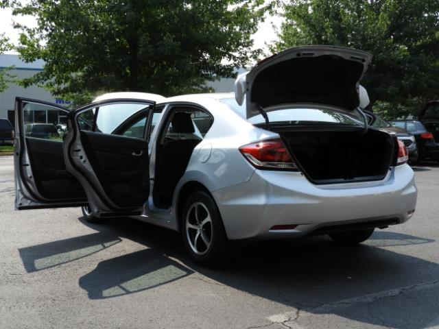2015 Honda Civic SE / Sedan / Backup camera / Spoiler / 1-OWNER - Photo 27 - Portland, OR 97217
