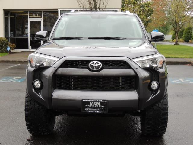 2016 Toyota 4Runner 4WD / V6 / 3RD SEAT / FACTORY WARRANTY / LIFTED !! - Photo 5 - Portland, OR 97217