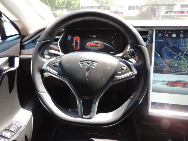 2014 Tesla Model S 85 / Leather / Heated seats / Panorama Roof / Navi - Photo 38 - Portland, OR 97217