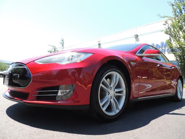 2014 Tesla Model S 85 / Leather / Heated seats / Panorama Roof / Navi - Photo 9 - Portland, OR 97217