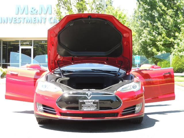 2014 Tesla Model S 85 / Leather / Heated seats / Panorama Roof / Navi - Photo 32 - Portland, OR 97217