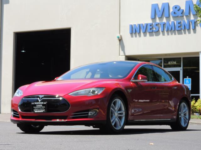2014 Tesla Model S 85 / Leather / Heated seats / Panorama Roof / Navi - Photo 50 - Portland, OR 97217