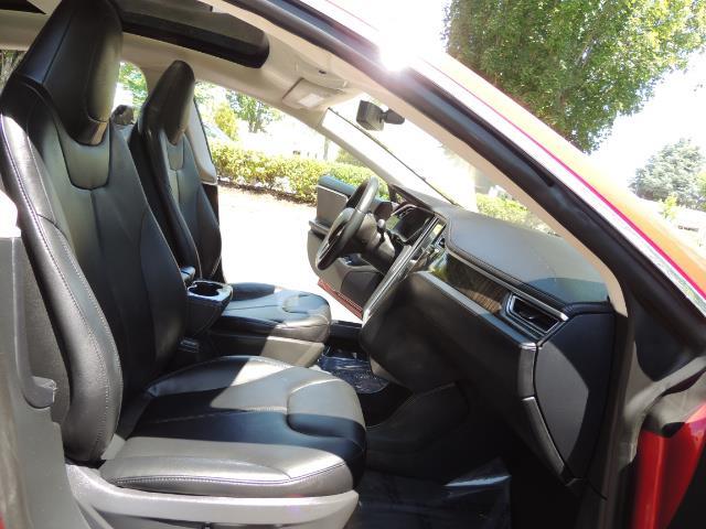 2014 Tesla Model S 85 / Leather / Heated seats / Panorama Roof / Navi - Photo 15 - Portland, OR 97217