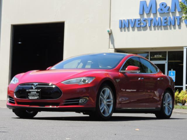 2014 Tesla Model S 85 / Leather / Heated seats / Panorama Roof / Navi - Photo 49 - Portland, OR 97217