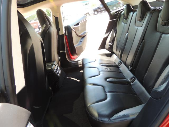 2014 Tesla Model S 85 / Leather / Heated seats / Panorama Roof / Navi - Photo 13 - Portland, OR 97217