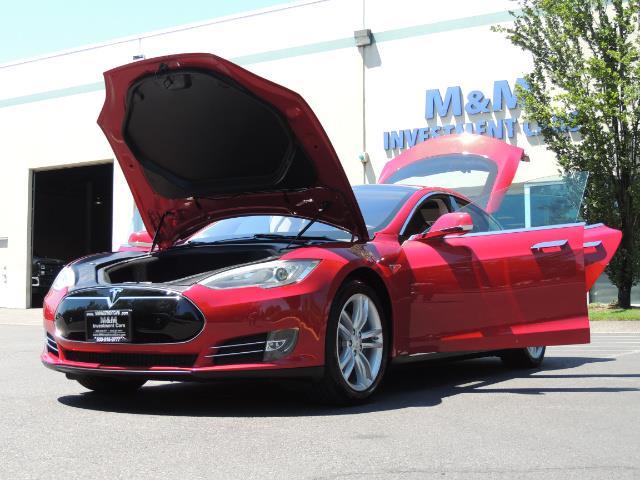 2014 Tesla Model S 85 / Leather / Heated seats / Panorama Roof / Navi - Photo 25 - Portland, OR 97217