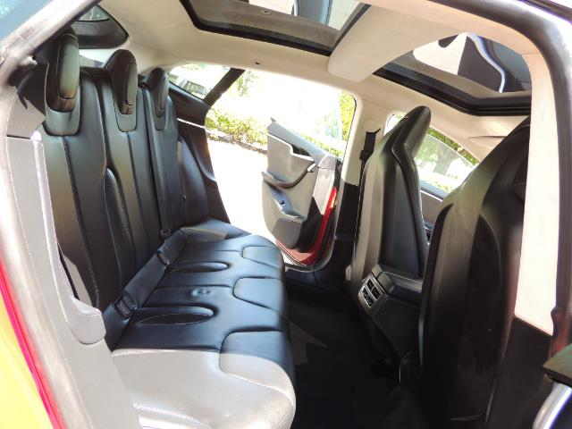 2014 Tesla Model S 85 / Leather / Heated seats / Panorama Roof / Navi - Photo 14 - Portland, OR 97217