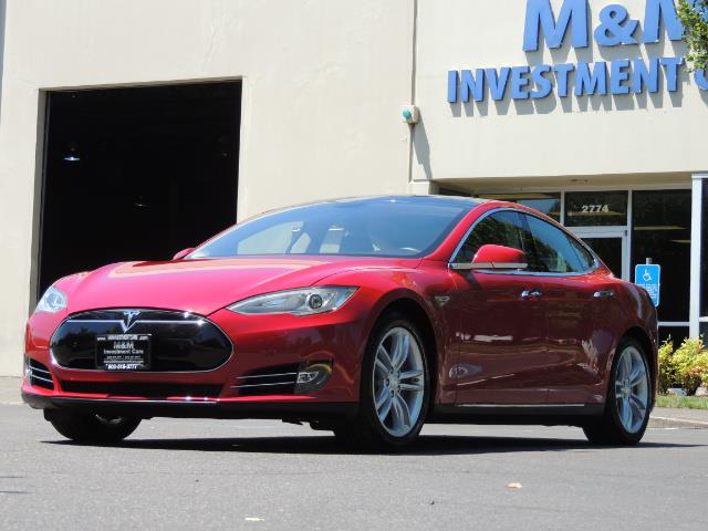 2014 Tesla Model S 85 / Leather / Heated seats / Panorama Roof / Navi - Photo 48 - Portland, OR 97217