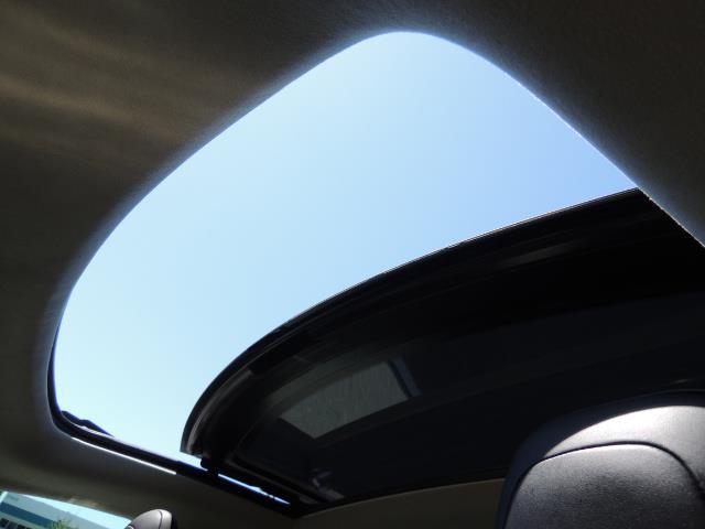 2014 Tesla Model S 85 / Leather / Heated seats / Panorama Roof / Navi - Photo 23 - Portland, OR 97217