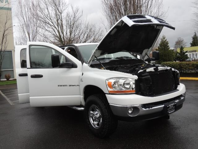 2006 Dodge Ram 3500 SLT 4dr Mega Cab / 4X4 / 5.9L DIESEL / 6-SPEED - Photo 31 - Portland, OR 97217