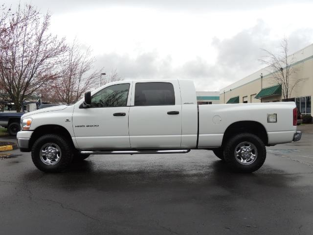 2006 Dodge Ram 3500 SLT 4dr Mega Cab / 4X4 / 5.9L DIESEL / 6-SPEED - Photo 3 - Portland, OR 97217