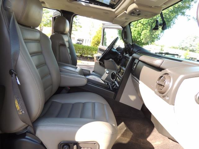 2005 Hummer H2 SUT Sport Utility Pickup 4DR / 4X4 / LIFTED - Photo 18 - Portland, OR 97217