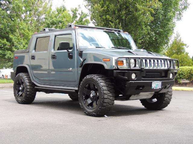 2005 Hummer H2 SUT Sport Utility Pickup 4DR / 4X4 / LIFTED - Photo 2 - Portland, OR 97217