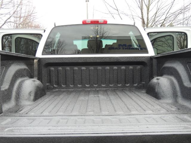 2007 Dodge Ram 3500 DUALLY 4X4 Mega Cab / 5.9 DIESEL / 6-Speed LIFTED - Photo 27 - Portland, OR 97217