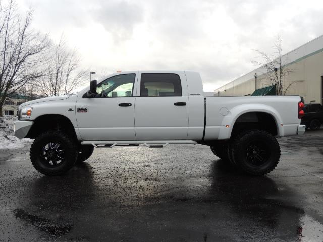 2007 Dodge Ram 3500 DUALLY 4X4 Mega Cab / 5.9 DIESEL / 6-Speed LIFTED - Photo 3 - Portland, OR 97217
