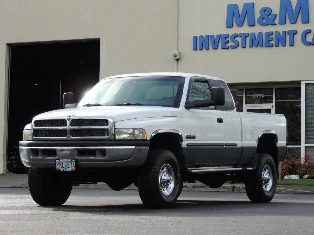 2002 Dodge Ram 2500 SLT Plus 4dr / 4X4 / 5.9L DIESEL HIGHOUTPUT/ 6-SPD - Photo 48 - Portland, OR 97217