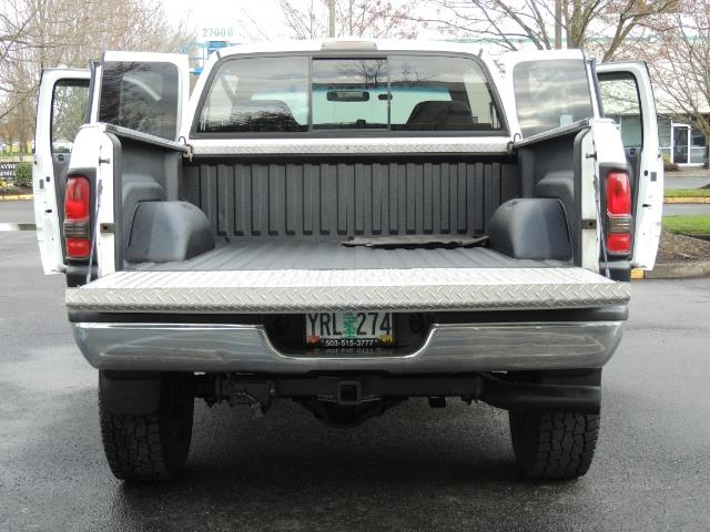 2002 Dodge Ram 2500 SLT Plus 4dr / 4X4 / 5.9L DIESEL HIGHOUTPUT/ 6-SPD - Photo 24 - Portland, OR 97217