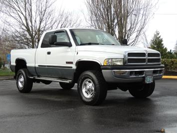 2002 Dodge Ram 2500 SLT Plus 4dr / 4X4 / 5.9L DIESEL HIGHOUTPUT/ 6-SPD Truck