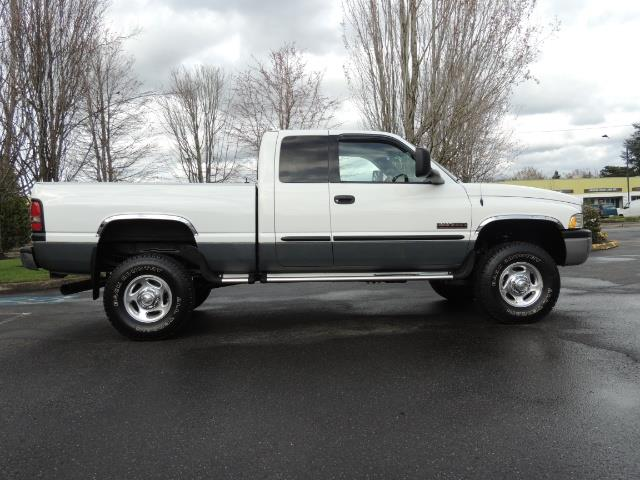 2002 Dodge Ram 2500 SLT Plus 4dr / 4X4 / 5.9L DIESEL HIGHOUTPUT/ 6-SPD - Photo 4 - Portland, OR 97217
