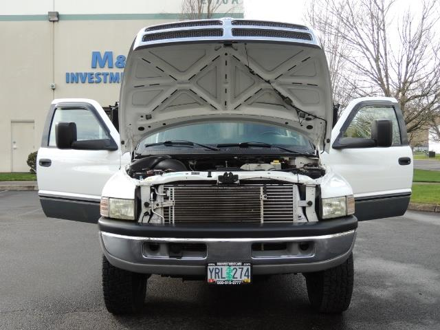 2002 Dodge Ram 2500 SLT Plus 4dr / 4X4 / 5.9L DIESEL HIGHOUTPUT/ 6-SPD - Photo 30 - Portland, OR 97217