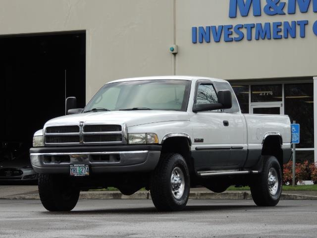 2002 Dodge Ram 2500 SLT Plus 4dr / 4X4 / 5.9L DIESEL HIGHOUTPUT/ 6-SPD - Photo 1 - Portland, OR 97217