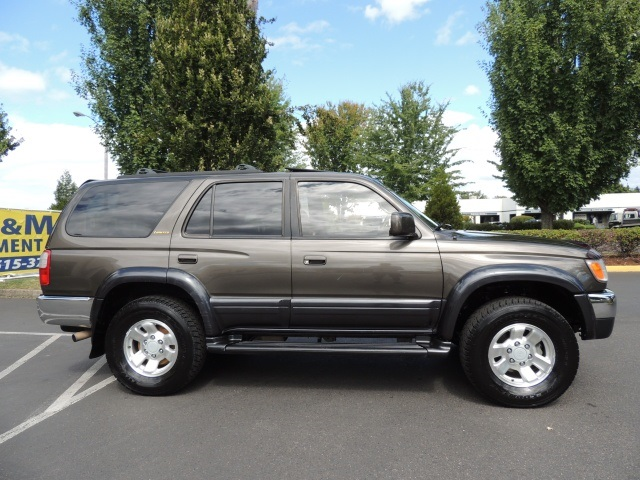 1998 toyota 4runner limited 4x4 diff lock leather very clean. Black Bedroom Furniture Sets. Home Design Ideas