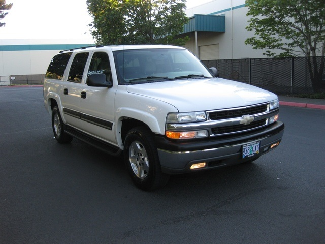 2004 chevrolet suburban 1500 lt leather 3rd seat 70k miles. Black Bedroom Furniture Sets. Home Design Ideas