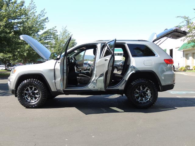 2015 Jeep Grand Cherokee Laredo / 4WD / 18K miles / LIFTED LIFTED - Photo 26 - Portland, OR 97217