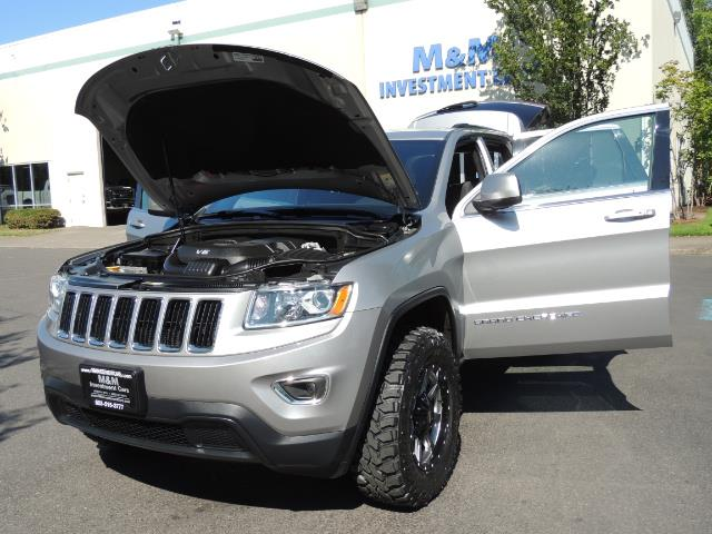 2015 Jeep Grand Cherokee Laredo / 4WD / 18K miles / LIFTED LIFTED - Photo 25 - Portland, OR 97217