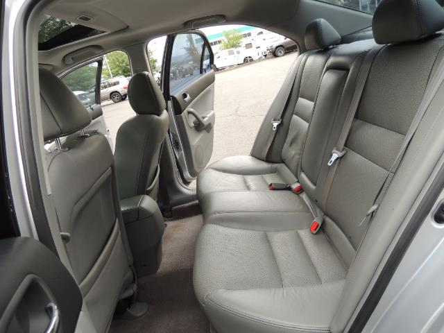 2004 Acura TSX w/Navi / Leather / Heated seats / Sunroof - Photo 15 - Portland, OR 97217
