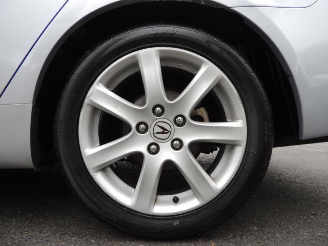 2004 Acura TSX w/Navi / Leather / Heated seats / Sunroof - Photo 23 - Portland, OR 97217