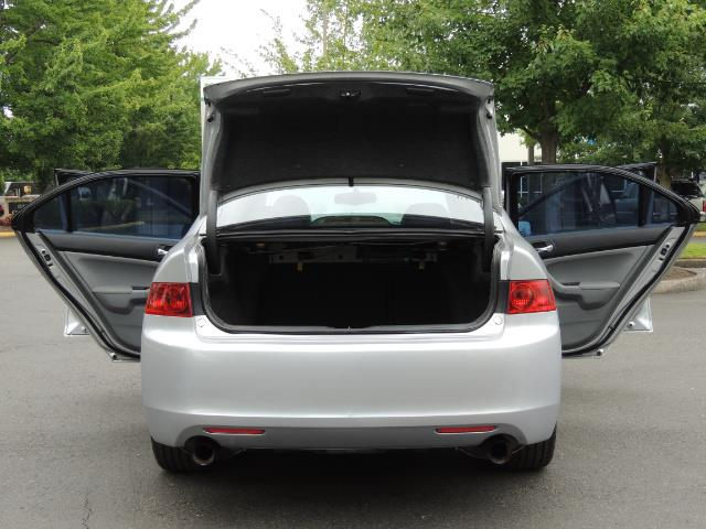 2004 Acura TSX w/Navi / Leather / Heated seats / Sunroof - Photo 28 - Portland, OR 97217