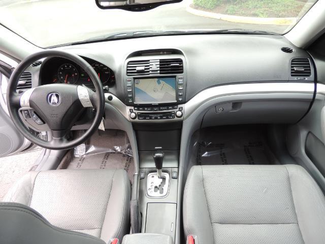 2004 Acura TSX w/Navi / Leather / Heated seats / Sunroof - Photo 18 - Portland, OR 97217