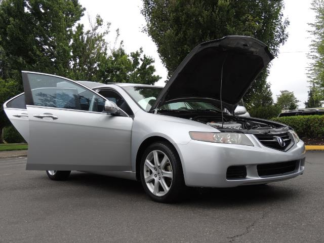 2004 Acura TSX w/Navi / Leather / Heated seats / Sunroof - Photo 31 - Portland, OR 97217