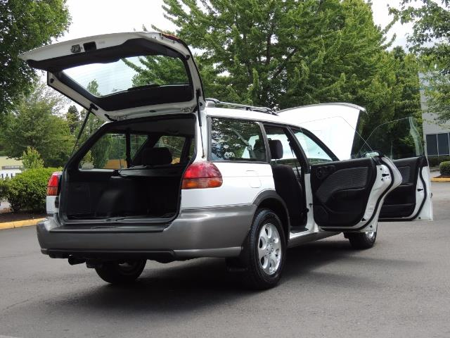 1999 Subaru Legacy Outback / Sport / Wagon / AWD / 5-SPEED / Excel Co - Photo 29 - Portland, OR 97217